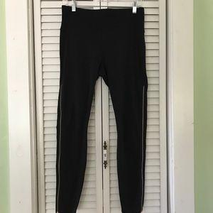 Athleta Leggings Sz Large Zippers Black